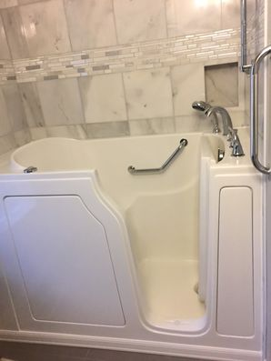 Accessible Bathtub in Snohomish by Independent Home Products, LLC