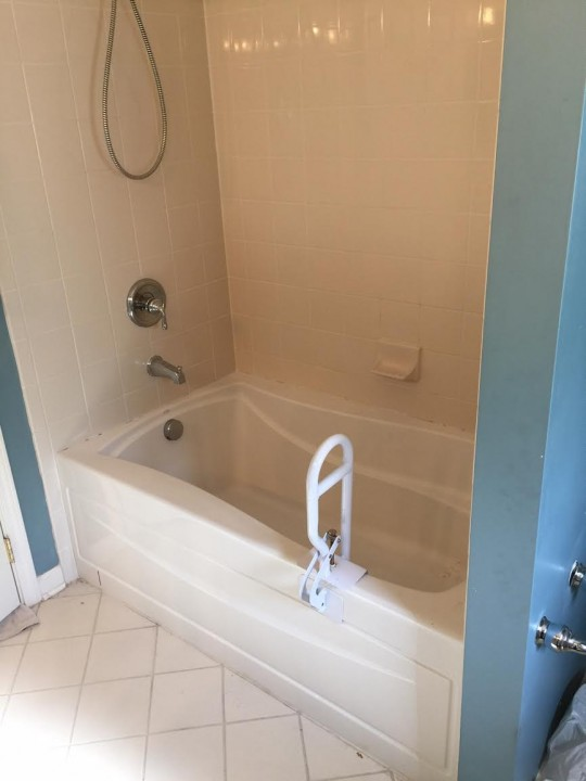Before Bathtub converted to Walk in Tub by Independent Home Products, LLC in Bellevue, WA